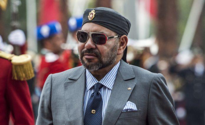 Marhaba : Le Roi exhorte les opérateurs du transport aérien et maritime à faciliter le retour des MRE à des prix raisonnables
