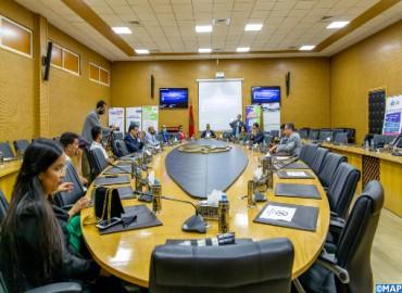 Dakhla: Appel à rapprocher le système éducatif de l'entreprise